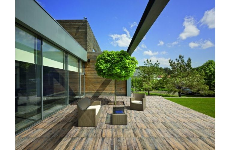 larix-out20-outdoor-tiles.jpg