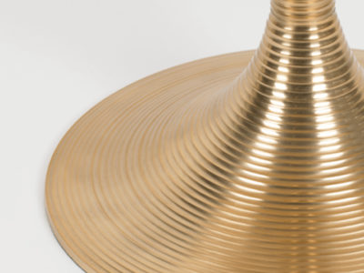 hypnotising_round_dining_table_gold_-3