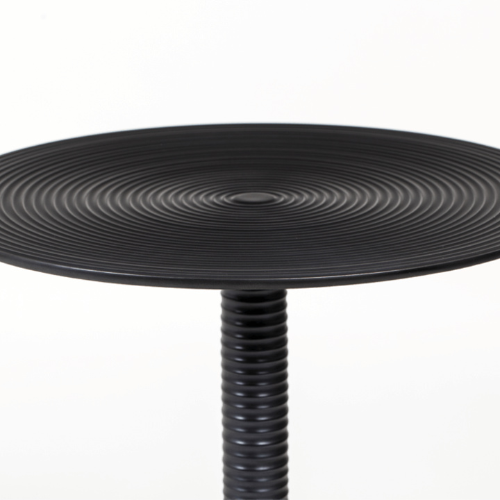 hypnotising_round_side_table_black_-2