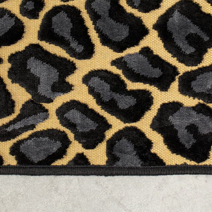 it_s_a_wild_world_panther_baby_carpet_170x240_-3