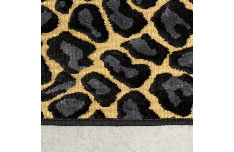 it_s_a_wild_world_panther_baby_carpet_200x300_-4