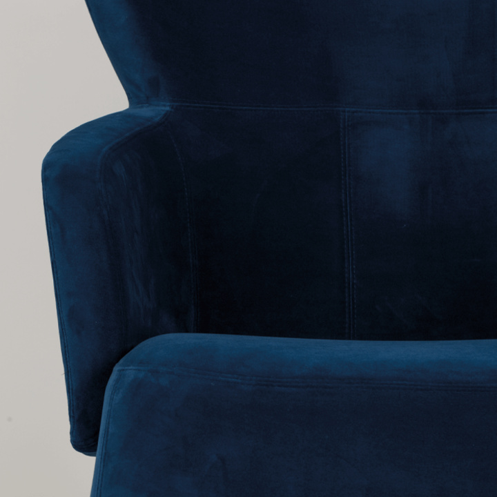 princesses_have_feelings_too_armchair_blue_-5_1