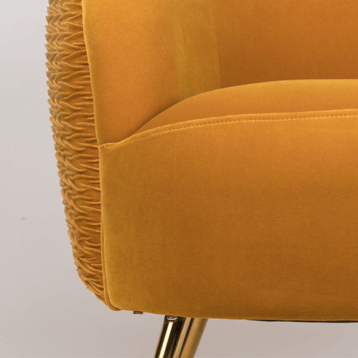 so_curvy_lounge_chair_ochre_-_4