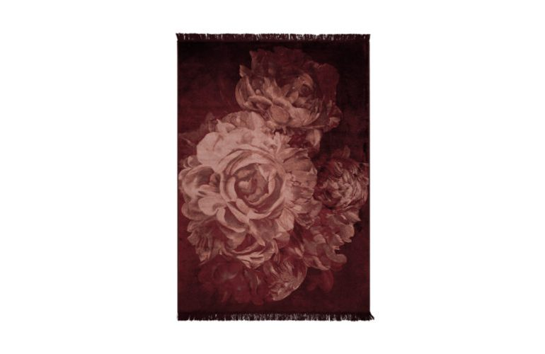 stitchy_roses_carpet_170_x_2401