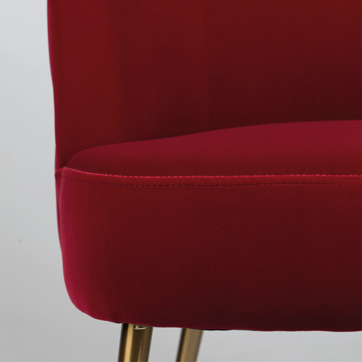such_a_stud_chair_red_-6_1