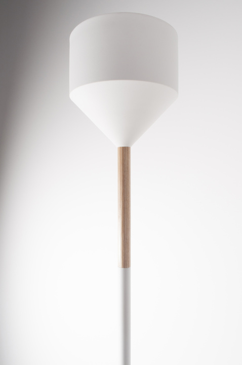 torsher-floor-lamp-torch-white-zuiver-4